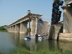 Bridge-312873_1280
